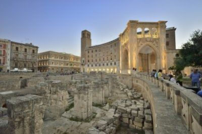 Lecce Guided Walking Tour and visit to a winery with wine-tasting