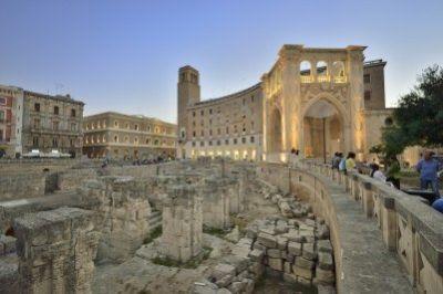 Tour guidato di Lecce e visita di una masseria con degustazione di formaggi e olio d'oliva